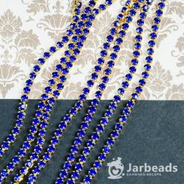 Стразовая цепочка золотая 2,8мм ss10 (синий) отрезок 10см