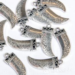 Подвеска металлическая Клык 1*2,8см (серебро)