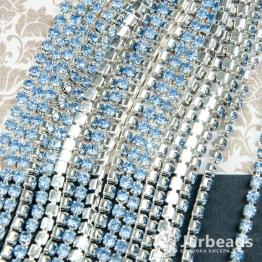 Стразовая цепочка серебряная 2,8мм ss10 (синий светлый) отрезок 10см