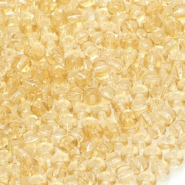 Бисер PRECIOSA 10/0 (50гр) 1сорт цвет: бежевый прозрачный арт.10020
